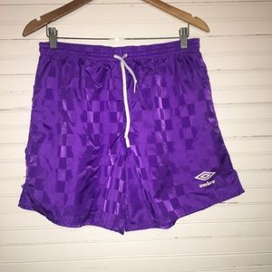 UMBRO SZ LARGE PURPLE ATHLETIC SHORTS